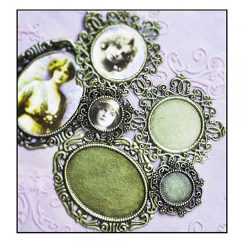 Must Haves - '3 Bronze Gold Frame Charms', up to 20mm x 30mm