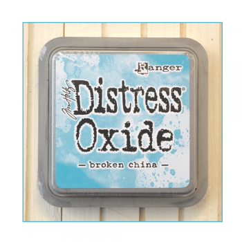 Must Haves - 'Distress Oxide Ink Pad - Broken China'
