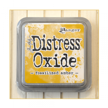 Ranger Must Haves - 'Distress Oxide Ink Pad - Fossilized Amber'